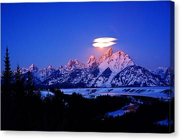 Moon Sets At The Snake River Overlook In The Tetons Canvas Print by Raymond Salani III