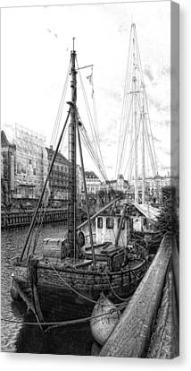 Moored Sail Canvas Print by Dorothy Berry-Lound