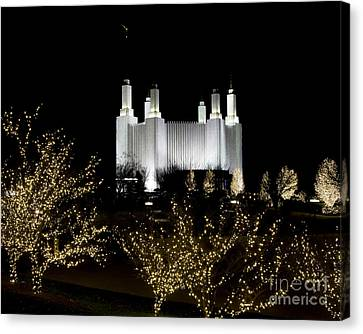 Mormon Temple 2 Canvas Print by ELDavis Photography