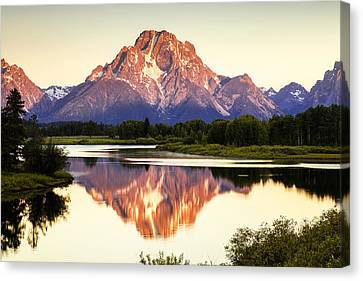 Morning Light At Oxbow Bend Canvas Print by Andrew Soundarajan