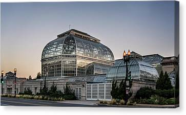 Canvas Print featuring the photograph Morning Light On The United States Botanic Garden by Greg Mimbs