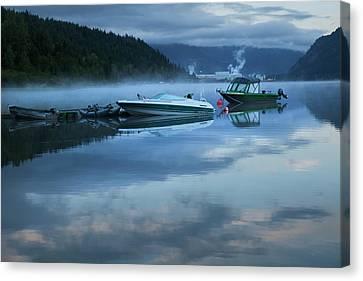 Canvas Print featuring the photograph Morning Mist Adams Lake by Theresa Tahara