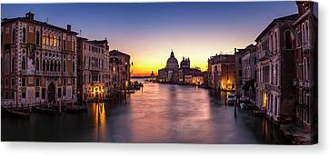 Canvas Print featuring the photograph Morning Over Venice by Andrew Soundarajan
