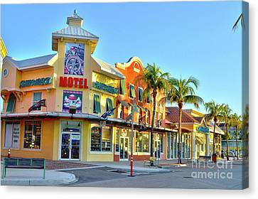 Motel On Fort Myers Beach Florida Canvas Print