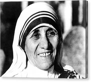 Mother Teresa, Circa 1979 Canvas Print by Everett