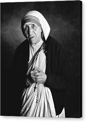 Mother Teresa Canvas Print by Hans Wolfgang Muller Leg