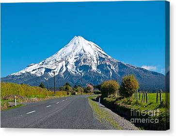 Mount Egmont Taranaki New Zealand Canvas Print