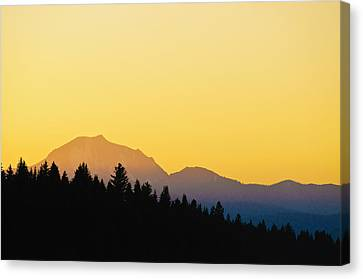 Canvas Print featuring the photograph Mount Lassen At Sunset by Sherri Meyer