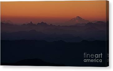 Mount Pilchuck Sunset Layers Canvas Print by Mike Reid