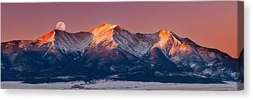 Mount Princeton Moonset At Sunrise Canvas Print by Darren White