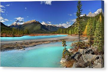 Canvas Print featuring the photograph Mount Saskatchewan by John Poon