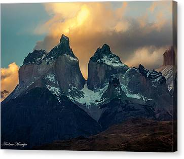 Mountain Evening Canvas Print by Andrew Matwijec