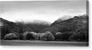 Canvas Print featuring the photograph Mountain Grandeur by Odille Esmonde-Morgan
