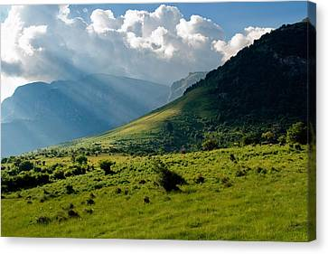 Mountain Rays Canvas Print by Evgeni Dinev
