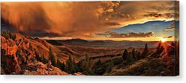 Mountain Sunset Canvas Print by Leland D Howard