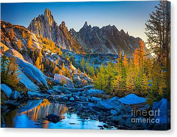 Mountainous Paradise Canvas Print by Inge Johnsson