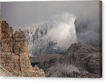 Mountains Depth 1150 Canvas Print