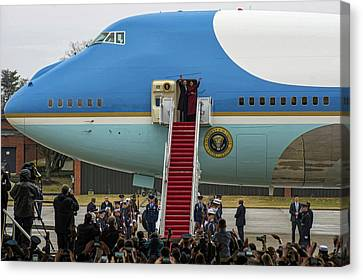 Michelle Obama Canvas Print - Mr And Mrs Obama Waving Goodbye After Leaving Office by Mountain Dreams