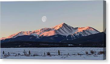 Canvas Print featuring the photograph Mt. Elbert Sunrise by Aaron Spong