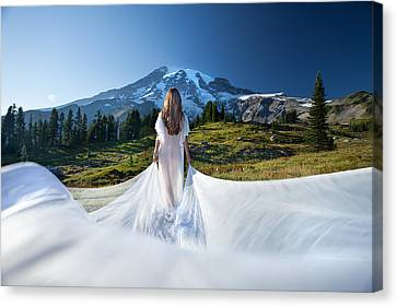 Canvas Print featuring the photograph Mt Goddess by Dario Infini