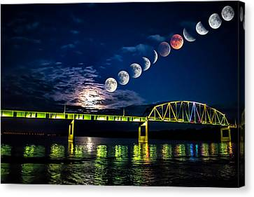 Muscatine Bridge Lunar Eclipse 9-27-15 Canvas Print