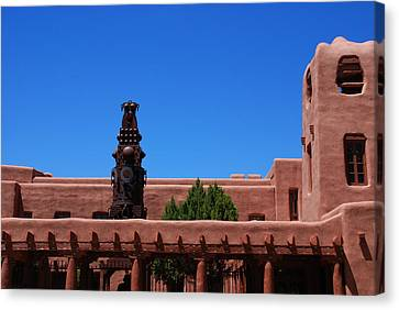 Museum Of Indian Arts And Culture Santa Fe Canvas Print by Susanne Van Hulst