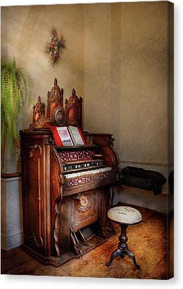 Music - Organ - Hear The Joy  Canvas Print