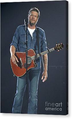 Musician Blake Shelton  Canvas Print by Concert Photos