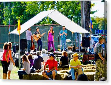 Saugerties Canvas Print - Musicians And Performers Appearing At The Hudson Valley Garlic Festival by Lanjee Chee