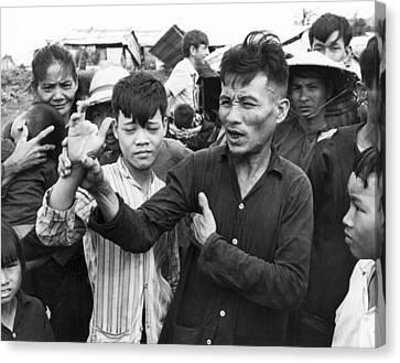My Lai Massacre Victims Canvas Print by Underwood Archives