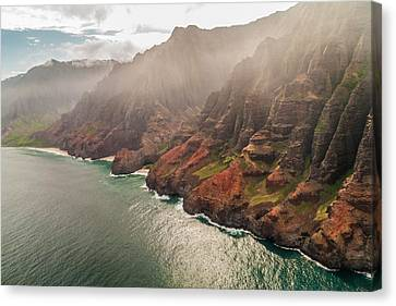 Na Pali Coast 4 - Kauai Hawaii Canvas Print by Brian Harig