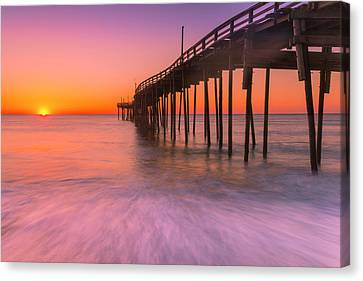 Nags Head Avon Fishing Pier At Sunrise Canvas Print