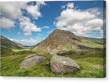 Canvas Print featuring the photograph Nant Ffrancon Valley, Snowdonia by Adrian Evans