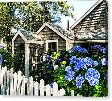 Nantucket Cottage No.1 Canvas Print by Tammy Wetzel