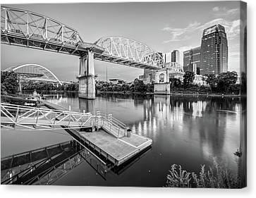 Nashville Pedestrian And Gateway Bridge At Dusk - Black And White Canvas Print
