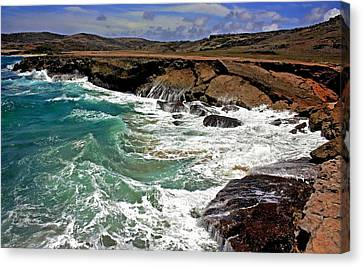 Canvas Print featuring the photograph Natural Bridge Aruba by Suzanne Stout