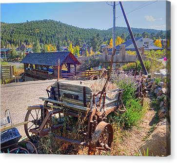 Nederlands Colorado Metal And Wooden Cart Canvas Print by Toby McGuire