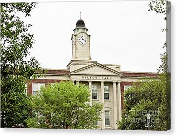 Mississippi College - Nelson Hall Canvas Print by Scott Pellegrin