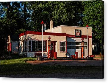 Nelsonville Phillips 66 Canvas Print by Trey Foerster