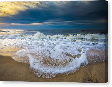 Canvas Print featuring the photograph Never Ending by Steven Ainsworth