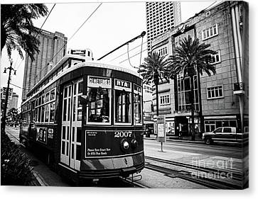 New Orleans Streetcar - Bw Canvas Print