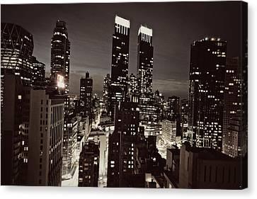 New York After Dark Canvas Print by Ariane Moshayedi