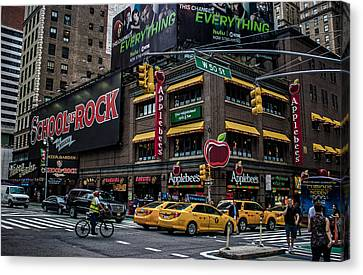New York City  Canvas Print by Martin Newman