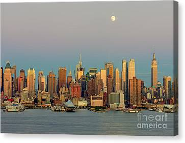 New York City Moonrise I Canvas Print by Clarence Holmes