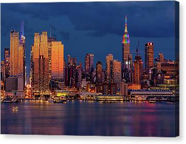 Canvas Print featuring the photograph New York City Skyline Pride by Susan Candelario