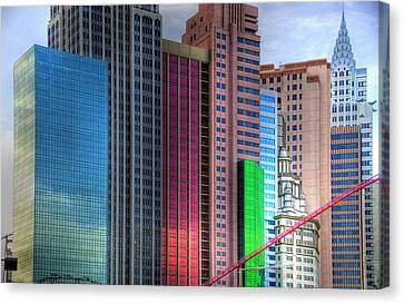 New York-new York - Las Vegas Canvas Print by Neil Doren