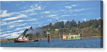 Newport Oregon - Yaquina Bay Traffic Canvas Print