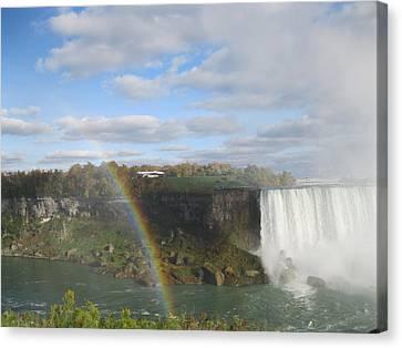 Niagra Falls 2012 Canvas Print by Miranda Noonan