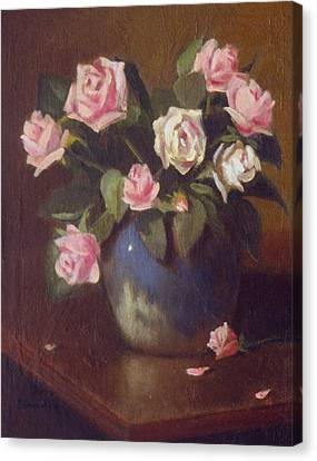 Nine Roses In Blue And White Vase Canvas Print by David Olander