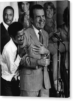 Eht10 Canvas Print - Nixon Presidency.  Sammy Davis Jr by Everett